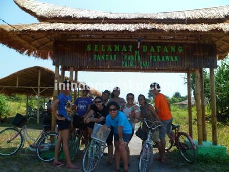 Pantai Pasir Perawan Pulau Pari 2