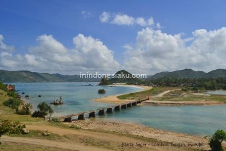 pantai seger lombok tengah 1