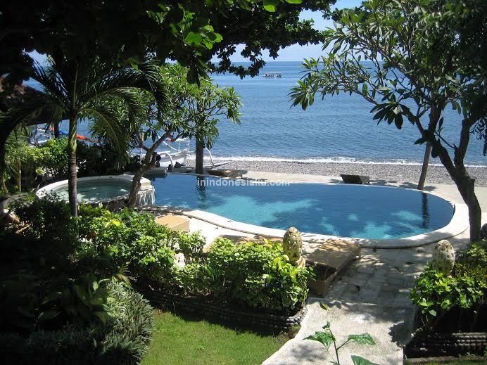 Double One Villas Amed Bali 2