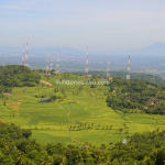 Gunung Api Purba, Nglanggeran Yogyakarta, Serunya Mendaki Ceria