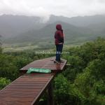 Wisata Yogyakarta, Menikmati Punthuk Setumbu di Bawah Guyuran Hujan