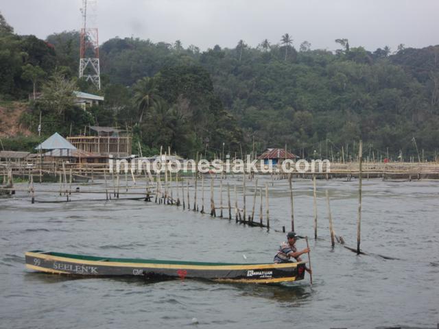 Danau Tondano 3