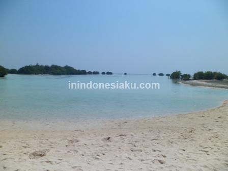 Pantai Pasir Perawan Pulau Pari 3