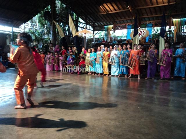 Saung Angklung Udjo Bandung 2