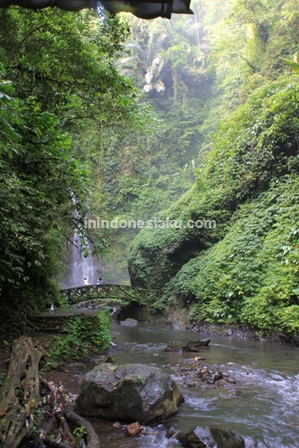 Air Terjun Kali Minahasa Manado 4
